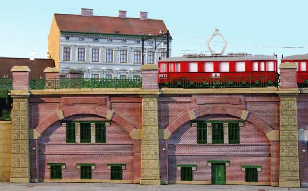 Zwei Stadtbahnbögen mit Werkstatt/Magazin