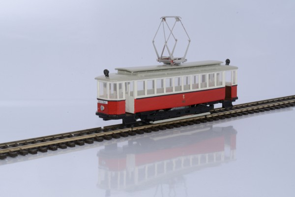 Wiener Straßenbahn Triebwagen T mit Holzverglasung Fertigmodell mit Motor 1:87